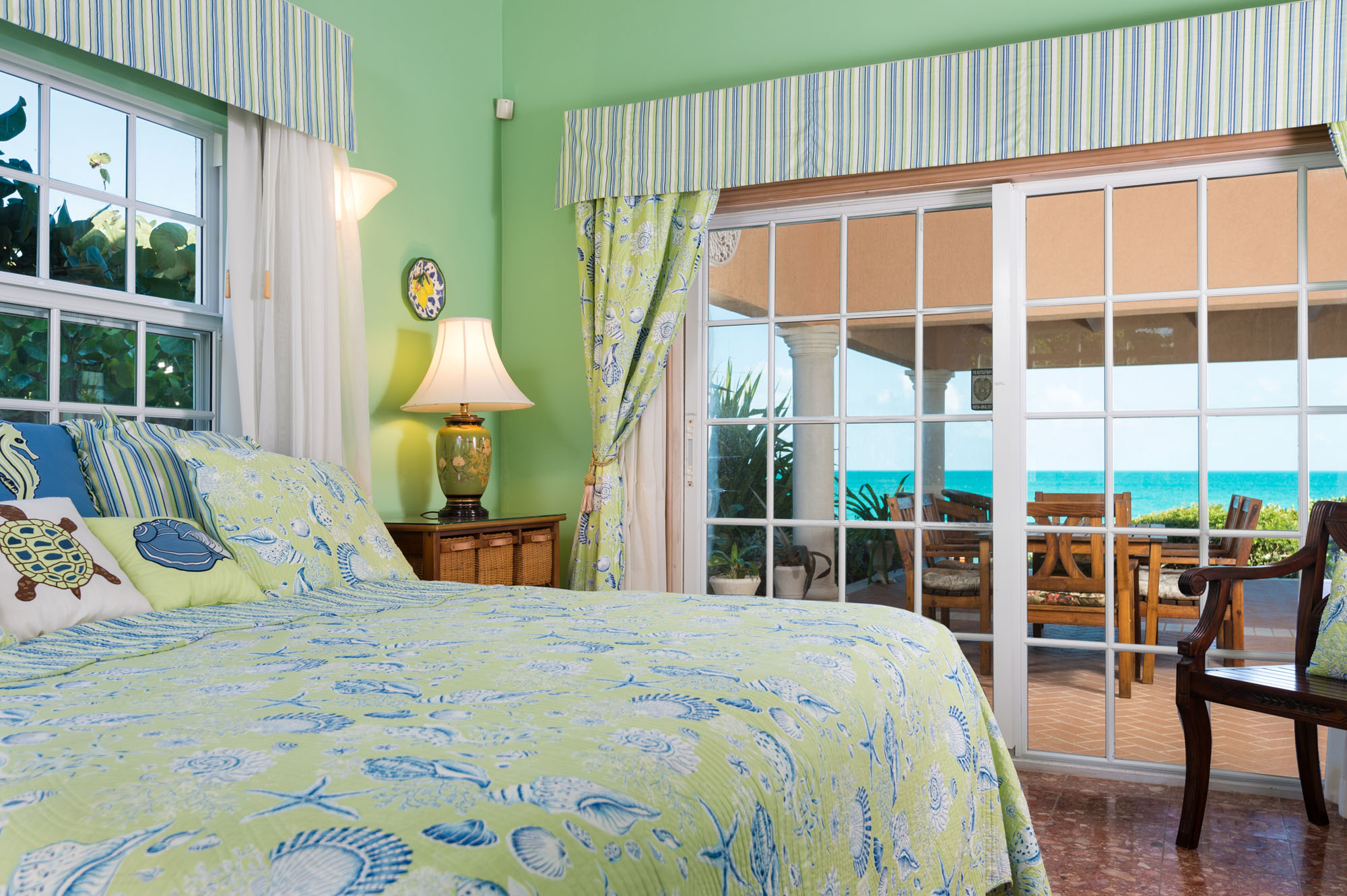 Three Dolphins Villa is the perfect location for a wedding in the Turks and Caicos Islands