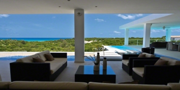Grand Bleu villa, Plum Bay, Terres-Basses, St. Martin, French West Indies.