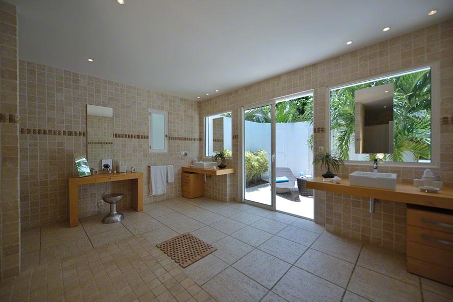 Encore villa rental, Plum Bay, Terres-Basses, St. Martin, French West Indies.
