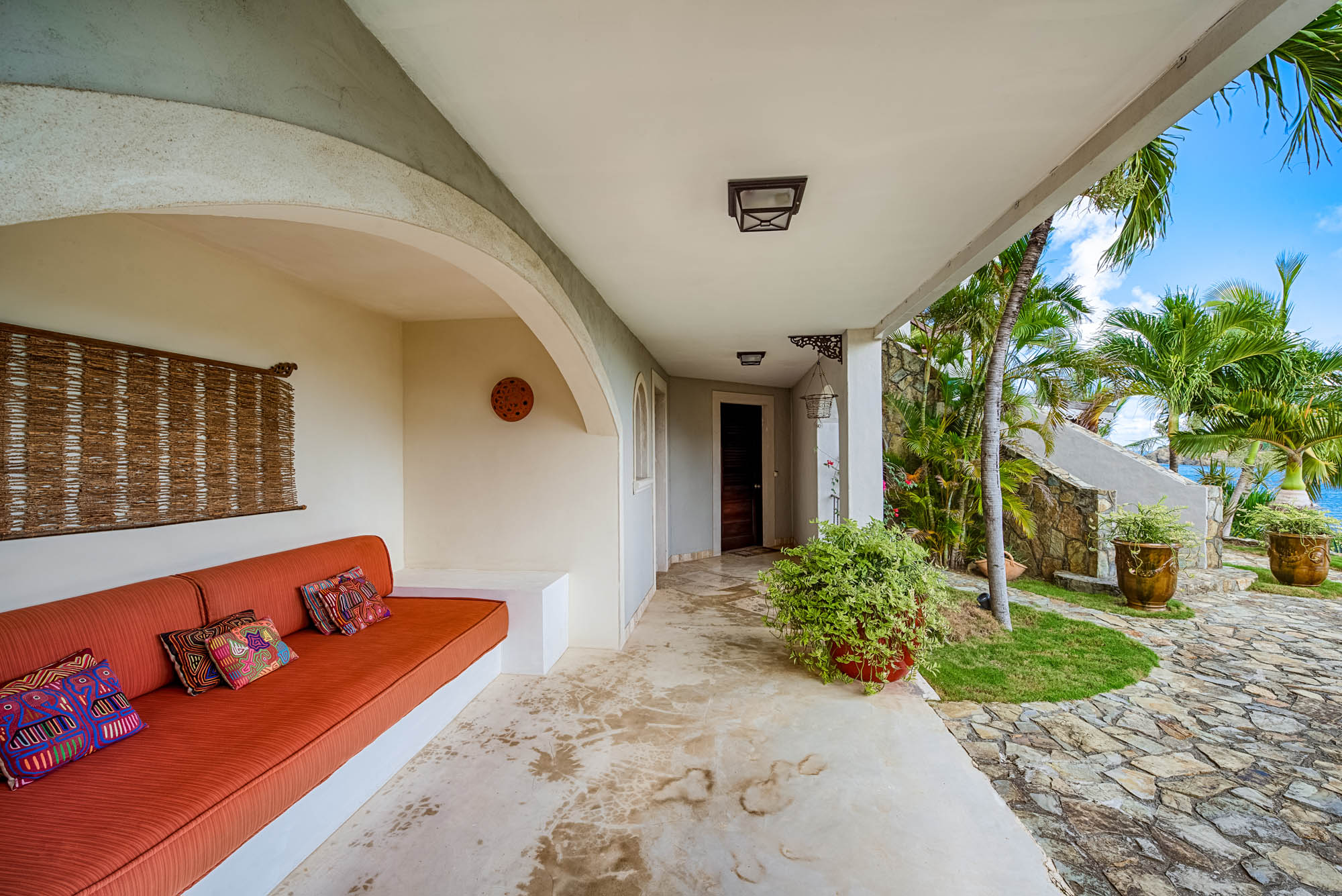 Enjoy your holidays at this luxury St.Martin villa rental.