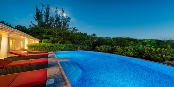 Magnificent colours painted like a drawing are offered at Little Provence, St. Martin villa rental by night.