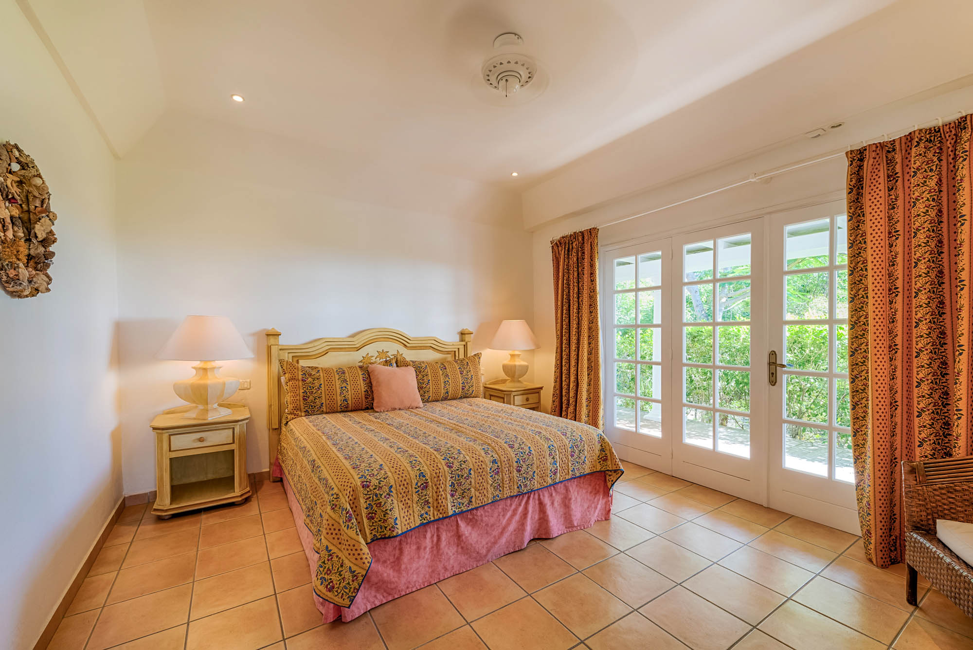 Little Provence villa rental, Baie Longue, Terres-Basses, Saint Martin, Caribbean has two spacious master bedrooms and can be rented as 1 or 2 bedroom villa.