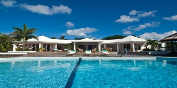 A magnificent, brand new, fully air conditioned villa with 3 bedrooms, swimming pool and views of the Caribbean Sea!