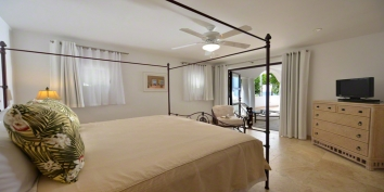 Etoile de Mer villa rental, Cupecoy Beach, Dutch Low Lands, Sint Maarten, Caribbean.