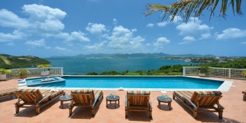 A charming 3 bedroom villa with high quality furniture from Tommy Bahama, spacious swimming pool area, and spectacular views of Simpson Bay, Marigot and the ocean.