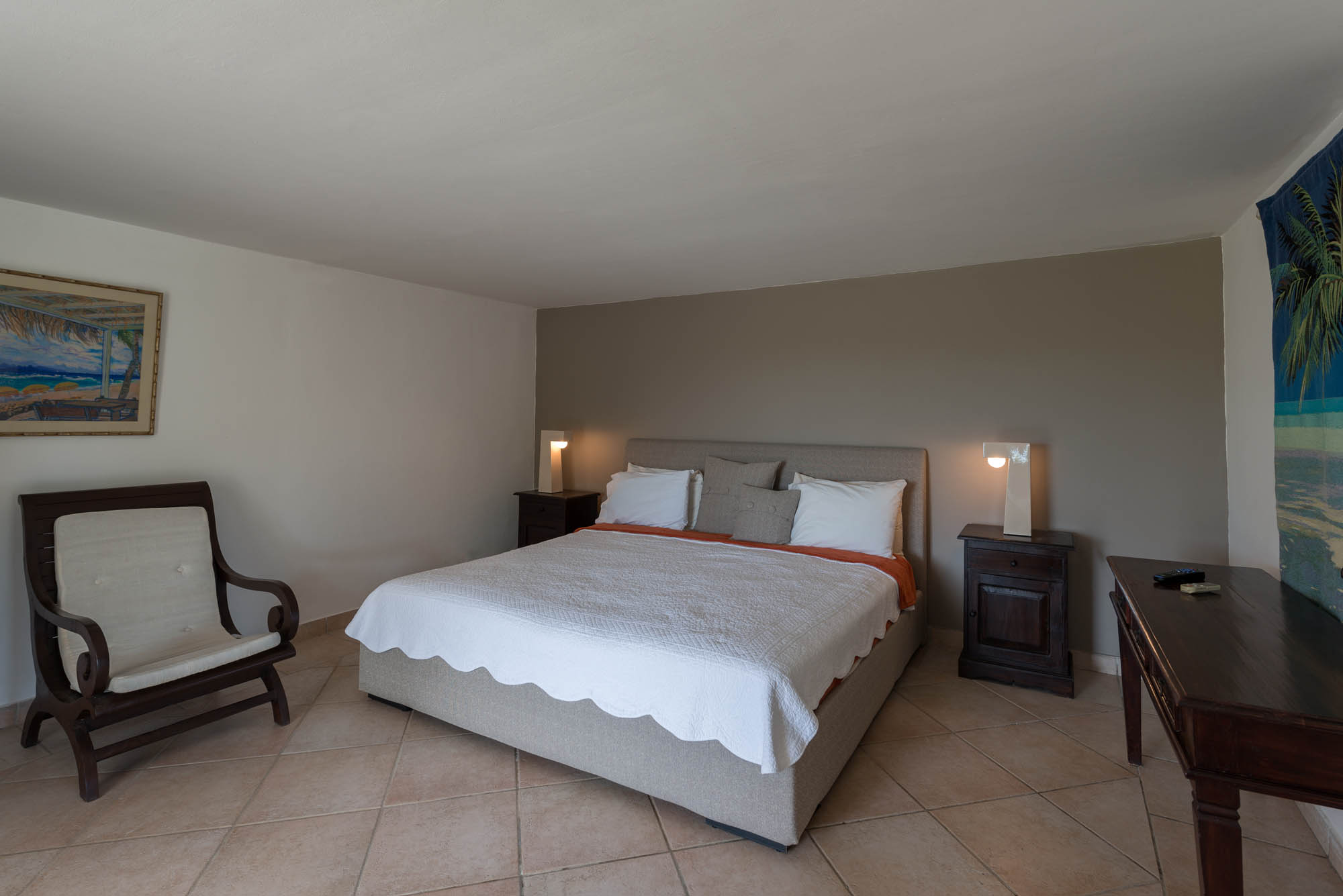 La Bastide offers 4 equal master bedroom suites.