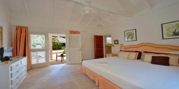 La Nina, Baie Longue, Terres Basses, St. Martin villa rental, French West Indies.