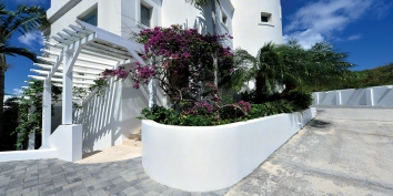 Villa Luna, Cupecoy Beach, Dutch Low Lands, St. Maarten villa rental, Dutch West Indies.
