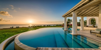 An exceptionally luxurious 3 bedroom, 3 bathroom villa with spectacular views of the beach and the Caribbean Sea!