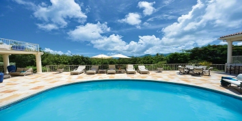 A magnificent, 8000 square foot villa with 6 bedrooms, swimming pool and spectacular views!