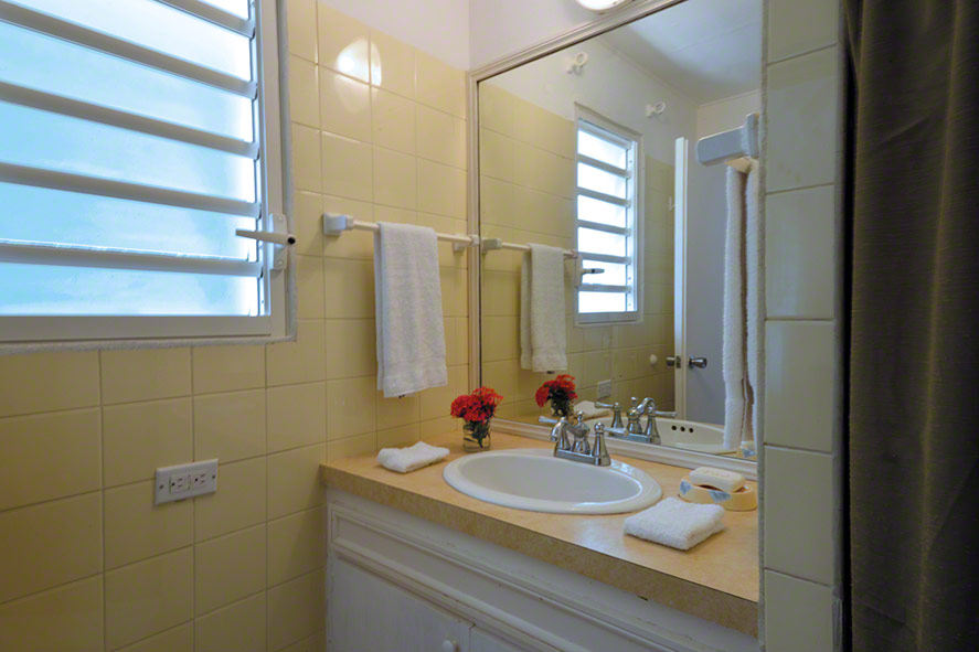 Pointe des Fleurs, Baie aux Cayes, Terres-Basses, St. Martin villa rental, French West Indies.