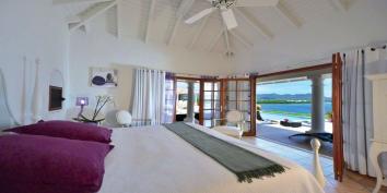 Mirabelle villa rental, Simpson Bay Lagoon, Terres Basses, Saint Martin, Caribbean.