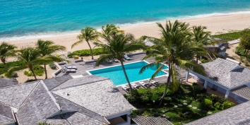 The stunning beachfron location of Eden villa rental, Long Bay Beach, Terres-Basses, Saint Martin, Caribbean.