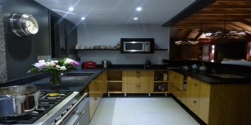 Villa de Moh, St. Barts luxury villa rental, has a modern and fully equipped kitchen.