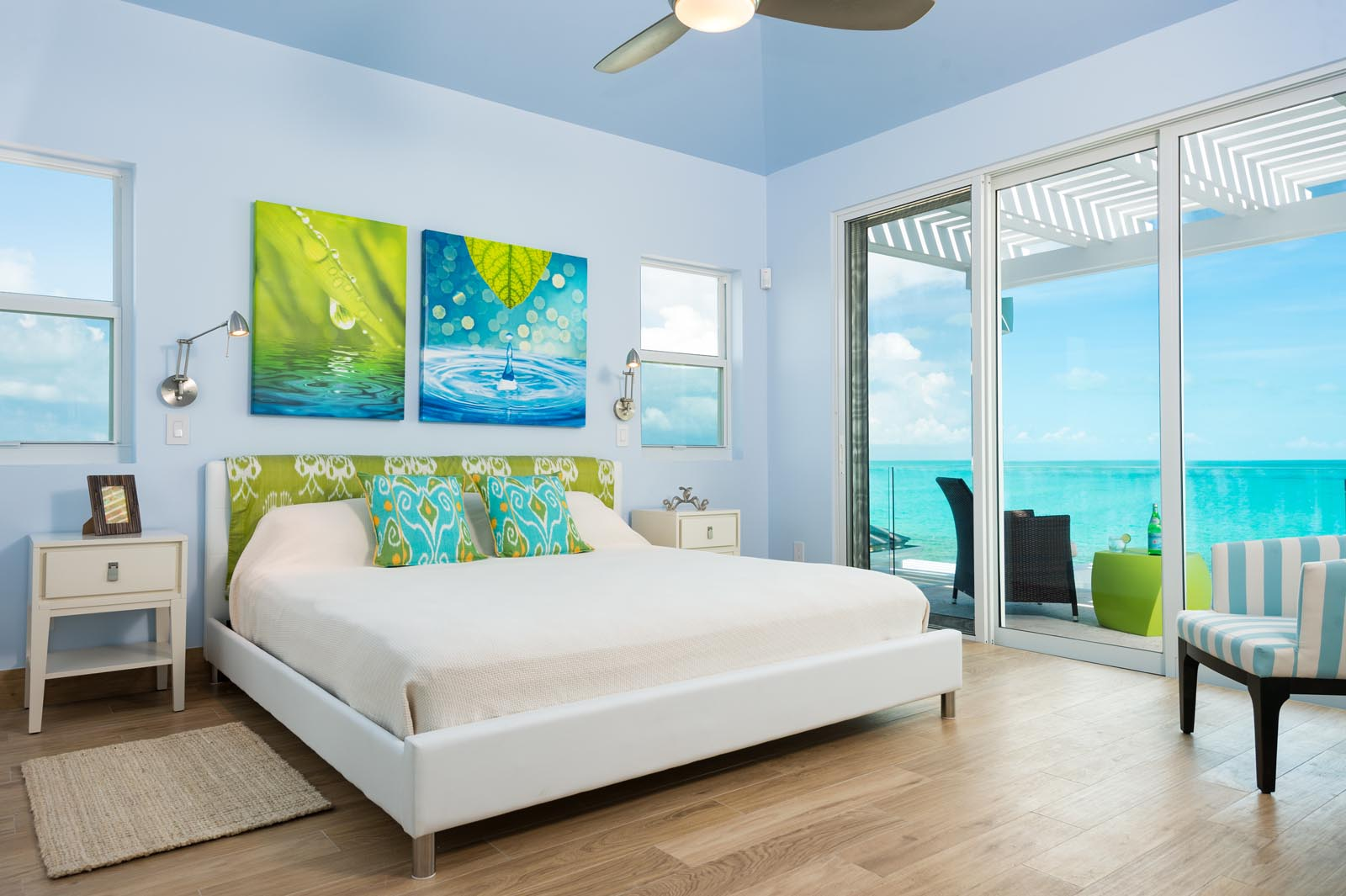 Villa Isla is light, spacious and contemporary throughout