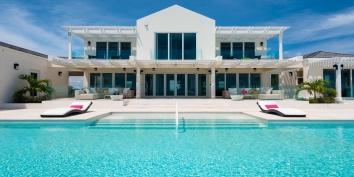 Villa Isla, Long Bay Beach, Providenciales (Provo), Turks and Caicos Islands
