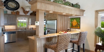 This Turks and Caicos holiday villa rental has a fully equipped kitchen.