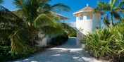 The private entrance to this Providenciales luxury holiday villa rental.