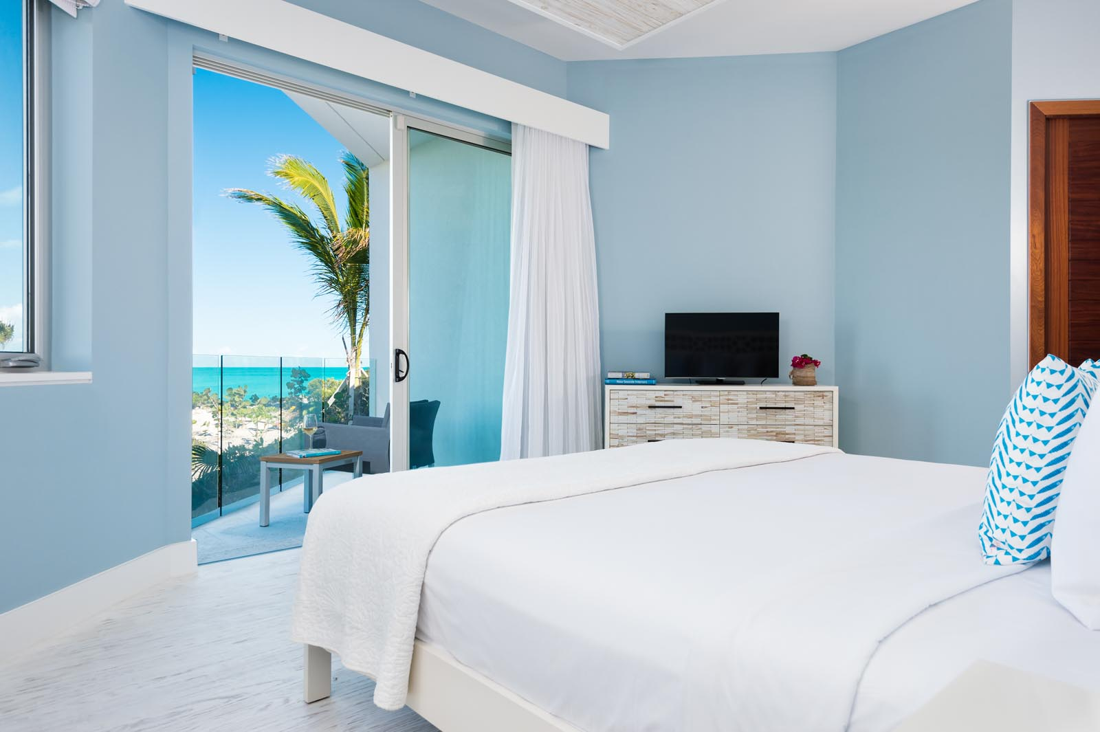 Villa Aguaribay, Long Bay Beach, Providenciales (Provo), Turks and Caicos Islands offers master bedrooms with stunning ocean views.
