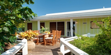 Enjoy alfesco dining at Reef Beach House, Grace Bay Beach, Providenciales (Provo), Turks and Caicos Islands.