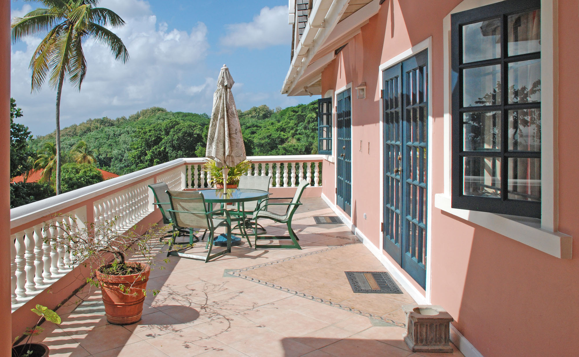 SOL Y MAR VILLA, TOBAGO W.I. Step outside from one of two bedrooms onto the patio to a magnificent view