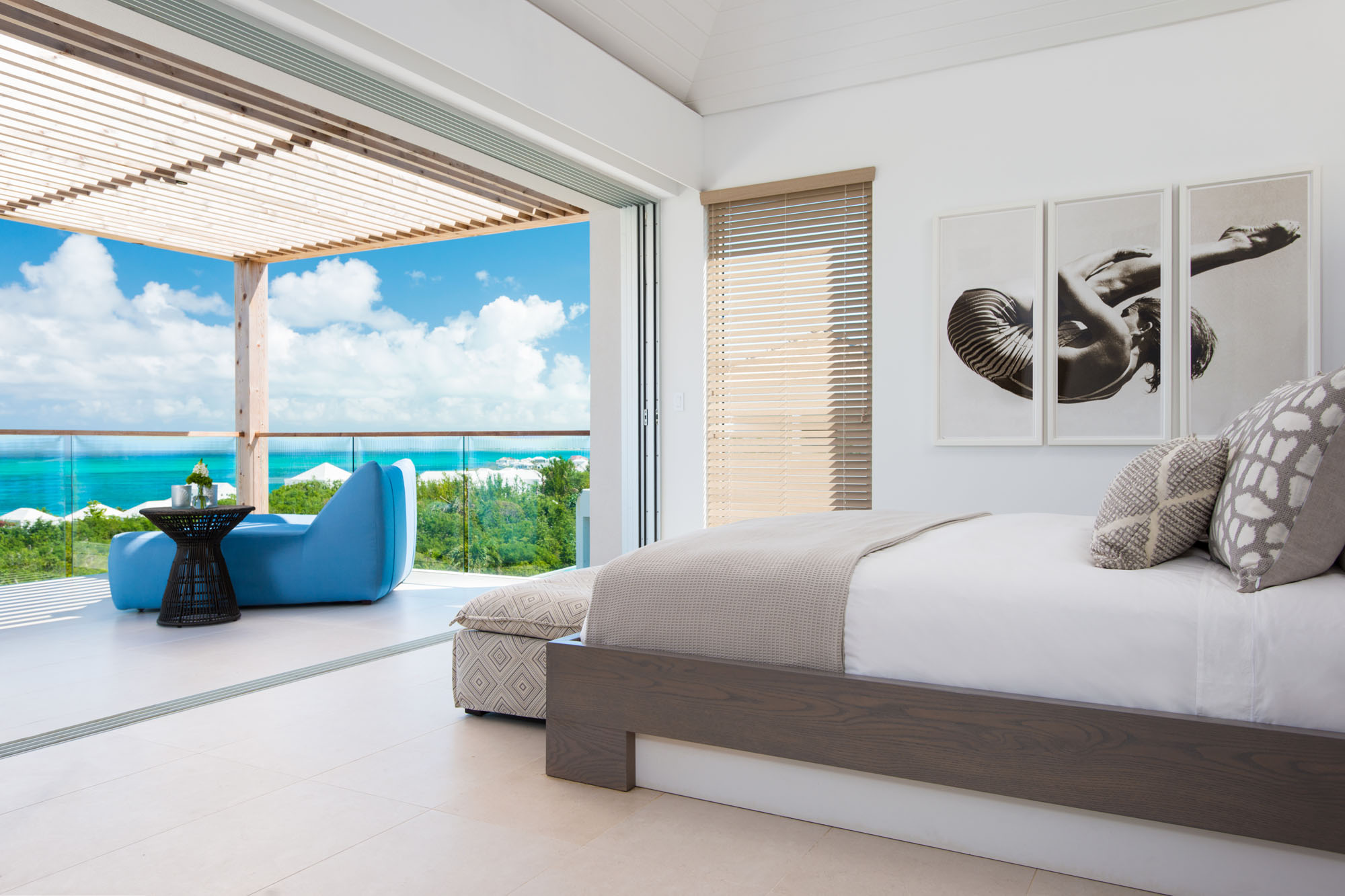 Relax in the bathtubs of these Turks and Caicos luxury ocean view villa rentals.