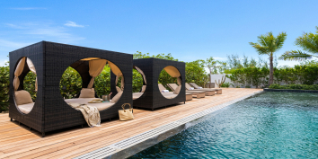 A fully staffed, luxury villa with heated swimming pool, 10 beautiful bedrooms, space for up to 18 guests and even a Jeep Wrangler is included!