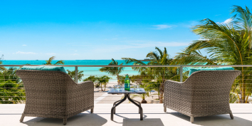 An intimate, one-bedroom, beachfront villa with private plunge pool and stunning sea views.