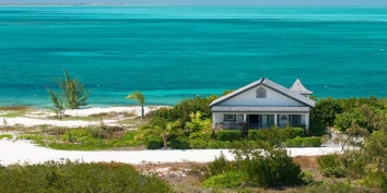 Turks and Caicos Villa Rentals - Ballyhoo Cottage, Grace Bay Beach, Providenciales (Provo), Turks and Caicos Islands.