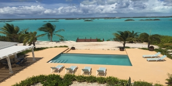 Turks and Caicos Villa Rentals - Breezy Palms Villa, Chalk Sound, Providenciales (Provo), Turks and Caicos Islands.