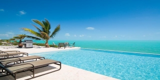 Turks and Caicos Villa Rentals - Breezy Villa, Leeward, Providenciales (Provo), Turks and Caicos Islands.