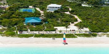 Turks and Caicos Villa Rentals - Conch Pearl, Grace Bay Beach, Providenciales (Provo), Turks and Caicos Islands.