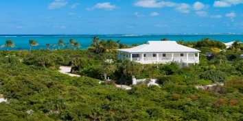 Turks and Caicos Villa Rentals - Reef Pearl, Grace Bay Beach, Providenciales (Provo), Turks and Caicos Islands.