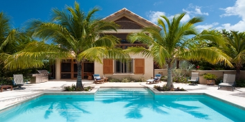 Turks and Caicos Villa Rentals By Owner - Villa Rosso di Sera, Taylor Bay, Chalk Sound, Providenciales (Provo), Turks and Caicos Islands.